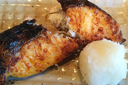 吉祥寺の魚料理・定食「里の宿」で煮付、みそ焼き、刺身などを堪能