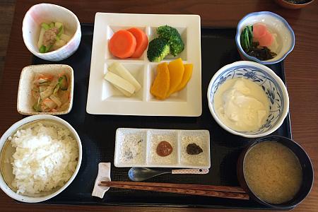 「やさい食堂 七福(ななふく)」で念願の「野菜定食」(吉祥寺ランチ)