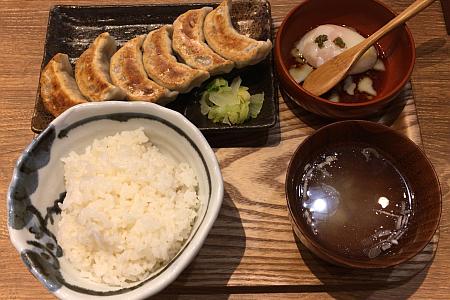 肉汁餃子製作所「ダンダダン酒場」吉祥寺店で肉汁たっぷりの「餃子ランチ」を味わう