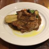 吉祥寺のビストロ「Gobelins(ゴブラン)」で今日のランチから若鶏モモ肉のソテーをいただく
