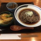 「ヨドバシ吉祥寺」裏エリアの「日和り(ひより)」で「ミニ野菜天丼とお蕎麦」ランチセットをいただく