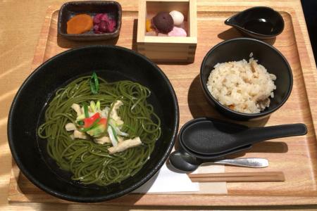 「アトレ吉祥寺」地下の甘味処「銀座 立田野」で「茶そばと季節の炊き込みご飯のセット」をいただく