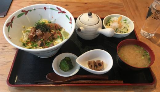 「おも家 吉祥寺」の「平日まる得ランチ」で特別価格 1000円の「海鮮バラちらし御膳」を堪能