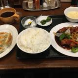 中華料理「福龍 吉祥寺店」で安くてお肉たっぷりの黒酢豚セットに餃子も付けてお腹いっぱい