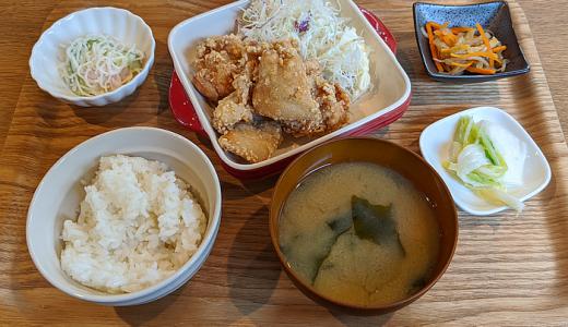 末広通り沿い「御菜屋 OKAZU-YA 紅青椒(パプリカ)」の「幻の唐揚げ」定食で「吉祥寺ランチ」